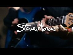 Steve Morse demos his Ernie Ball Music Man Signature Model - YouTube