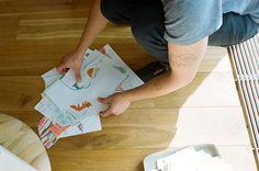 Damien, le papa graphiste qui se tatoue les dessins de ses enfants sur le corps