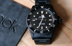Refurbished vintage high-precision diver's watch in matte black. Precision to depths of 200m. 904L stainless steel base with Physical Vapor Deposition (PVD) matte black carbon coating. http://zocko.it/LETgO