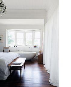 vanessa partridge's home, designed by chelsea hing, photo nik epifanidis. via the design files.