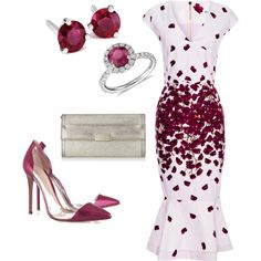 A fashion look from December 2013 featuring SUNO New York dresses, Gianvito Rossi pumps and Jimmy Choo wallets. Browse and shop related looks.