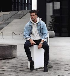 Ideas Black Chelsea Boats Outfit Men Posts For 2019 Mens Fashion Casual Shoes, Men Casual, Fashion Outfits, New Outfits, Men Looks, Winter Outfits Men, Boating Outfit, Chelsea Boots Outfit, Hoodie Outfit