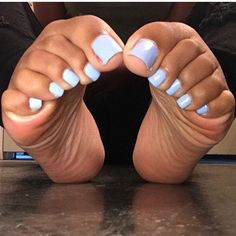 "@ebonyfeetfreak on Instagram: ""@royalfeetgoddess #ebonyfeetnation #ebonytoes"" • Instagram"