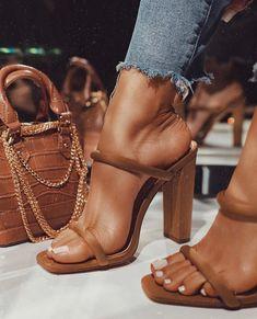 Fancy Shoes, Pretty Shoes, Cute Shoes Heels, Pretty Sandals, Dr Shoes, Me Too Shoes, Open Toe Sandals, Strap Sandals, High Sandals