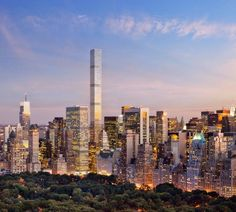 Rafael Viñoly's supertall 432 Park Avenue hasn't been a fixture of New York City's skyline for that long, but it seems like it may already be having issues. 432 Park Avenue, 5th Avenue, Empire State Building, East Village, World Trade Center, Chrysler Building, Luxury Penthouse, Luxury Apartments, New York City Apartment