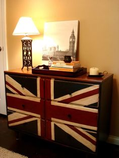 Union Jack Drawers. So I totally already own that picture of Big Ben but I want those drawers too! :)