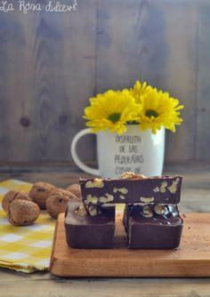 Barritas de chocolate especiado con nueces