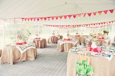 love the burlap tablecloths