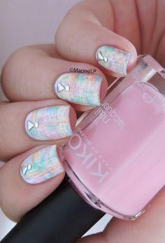 Nailstorming - NPA Studieuse (Studded nails) - studded nails - dry brush nailart - pastel distressed nails