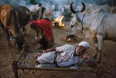 Steve McCurry, India, 1996                                                                                                                                                                                 More