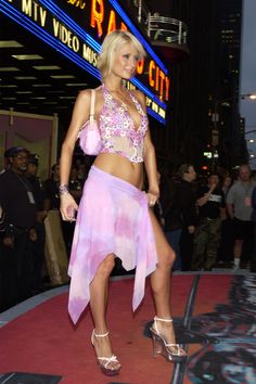 Paris Hilton at the 2002 MTV Video Music Awards: The VMAs' fashion has been as memorable as the people at it. See all the wildest looks.over its history. Fashion Fail, 2000s Fashion, Fashion Show, Fashion Outfits, Fashion Fashion, Lady Gaga, Celebrity Tattoos Women, Celebrity Style, Celebrity Gowns