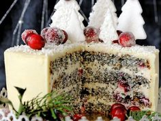 This beautiful, simple cake has layers of rich buttermilk cake, mascarpone frosting, and a generous topping of fresh berries. Cake recipe adapted from The Anniversary Slovak-American Cookbook. Poppy Seed Cake, Cakes Today, Food Cakes, Cake Pans, Serving Dishes, Food Design, Cheesecake Recipes, I Love Food, Just Desserts