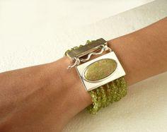 sterling silver peridot and unakite bracelet door BIZARREjewelry
