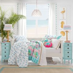 Get inspired with teen bedroom decorating ideas & decor from Pottery Barn Teen. From videos to exclusive collections, accessorize your dorm room in your unique style. Blue Teen Girl Bedroom, Teen Girl Bedrooms, Big Girl Rooms, Blue Bedroom, Tiny Girls Bedroom, Unique Teen Bedrooms, Pottery Barn Kids, Ästhetisches Design, Ideas Hogar