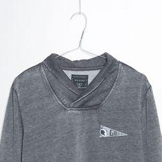 #jeansstore #onlinestore #online #store #shopnow #shop #mencollection #men #tshirt #sale #wyprzedaz #guess #shawl #fleece #phantom #burnout #standardfit
