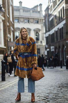 London Fashion Week Street Style Fall 2018 Day 2 - The Impression