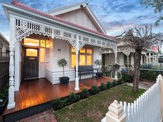 Yarraville single fronted weatherboard