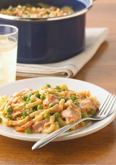 Ham & Cheddar Mac - Honey ham and extra cheddar cheese added to a KRAFT Macaroni & Cheese Dinner makes what you'll family will call 'the best mac 'n cheese ever.'