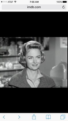 the donna reed show the first time we met the donna reed show 1958 The Donna Reed Show, 70s Sitcoms, Tv Land, Classic Actresses, Saturday Night Live, Golden Age Of Hollywood, Its A Wonderful Life, Tv Series, Tv Shows