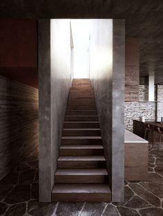 """Ahmet Oran Atelier"" private house's interior architecture by Turkish architect hakan demirel."