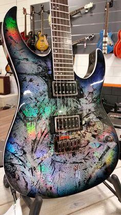 Spears Guitars at Hi Gain Guitars