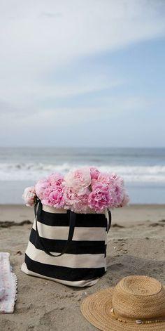 Ana Rosa ❤️ ॐ ☀️☀️☀️ ✿⊱✦★ ♥ ♡༺✿ ☾♡ ♥ ♫ La-la-la Bonne vie ♪ ♥❀ ♢♦ ♡ ❊ ** Have a Nice Day! ** ❊ ღ‿ ❀♥ ~ Sat 18th July 2015 ~ ❤♡༻ ☆༺❀ .•` ✿⊱ ♡༻ ღ☀ᴀ ρᴇᴀcᴇғυʟ ρᴀʀᴀᴅısᴇ¸.•` ✿⊱╮