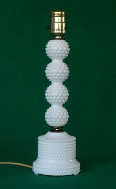 Beautiful Vintage Milk Glass Hobnail Table lamp