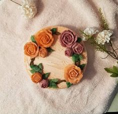 Since you all liked my wifes cupcakes beforeheres the Rice Cake she created this morning :) From here Rice Cakes, Korean Food, Floral Wreath, Cupcakes, Create, Ethnic Recipes, Floral Crown, Cupcake Cakes, Korean Cuisine