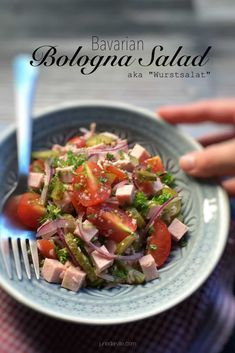 Have you heard of this classic Bavarian wurstsalat before? It is a German bologna sausage salad with cherry tomatoes, vinegar, red onion and pickled gherkins. Easy Salad Recipes, Easy Salads, New Recipes, German Recipes, Dinner Recipes, Favorite Recipes, Healthy Recipes, Bologna Salad, Finger Food