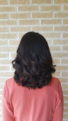 Medium length haircut & hairstyle // cut | style | lob | long bob | curly | curls | curling iron | side swept bang | layers | layered | smoothing iron | flat iron | brunette | brown | haircolor | color