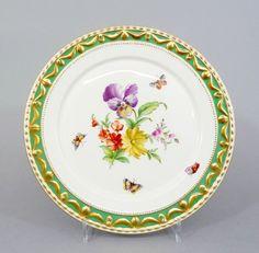 # (1) KPM Berlin grüner Fond Kurland Teller Blumenmalerei & Insekten 1. Wahl in Antiquitäten & Kunst, Porzellan & Keramik, Porzellan   eBay