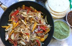 Storebought rotisserie chicken gets classic Tex-Mex fajitas on the table in a flash with this easy weeknight dinner recipe. Easy Chicken Fajitas, Chicken Fajita Recipe, Recipes Using Rotisserie Chicken, Oven Chicken Recipes, Healthy Dinner Recipes, Mexican Food Recipes, Dinner Entrees, Magic, Easy Dinners