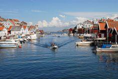 The Seven Acre Island of Gullholmen, Sweden ~ Crack Two
