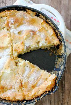 Kentucky Apple Skillet Cake by Foodtastic Mom #FallFest
