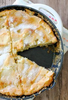 Kentucky Apple Skillet Cake by Foodtastic Mom #FallFest