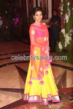 Asin @ Ritesh Deshmukh & Genelia D'Souza's Sangeet Ceremony Indian Bridal Wear, Indian Wear, Indian Style, Indian Attire, Indian Outfits, Indian Clothes, Desi Clothes, Indian Dresses, Simple Lehenga