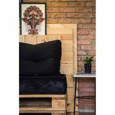 Detalhes projeto upcycle de um estúdio de tatuagem, por Natália Scarpati #pallets #upcycle #inspirações #inspirations #dicas #ideias #arquiteturadeinteriores #designdeinteriores #decoração #decor #decoration #decorating #ambientação #design #instadecor #instahome #interiorstyling #interiorsdesign #interiors #interiores #homedesign #decorlovers #coolreference #details #furniture #homedecor #homedecoration #estilo #style