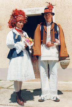 Draganićko polje (Draganić, Lazina) © Rental workshop of national costumes