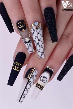 Here Comes The Coffin Nail art, Which Is Fashionable And Beautiful, Making Your Nails More Beautiful - Keep creating beauty and warm home, Find more happiness in daily life Bling Acrylic Nails, Summer Acrylic Nails, Best Acrylic Nails, Bling Nails, Summer Nails, Glitter Nails, Coffin Acrylic Nails Long, Edgy Nails, Aycrlic Nails
