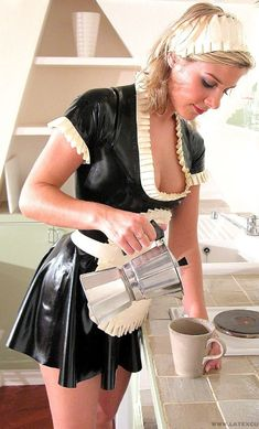 Maid pouring coffee