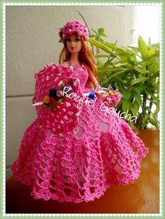 #Cléa5 #Vestido #Dress #Purse #Bolsa #Umbrella #Sombrinha #Paragua #Chapéu #Crochet Muñeca #Doll #Barbie rachelcrochet.wordpress.com #RaquelGaucha