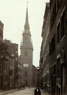"""The Old North Church in Boston, Massachusetts, site of the """"One if by land, and two if by sea"""" signal. Photo taken sometime between 1890 and 1919."""