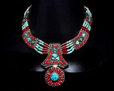 Collar nepalí tibetano, turquesa collar de Coral, nepaleses, babero collar étnico, joyas de Coral, gitanos collar de Boho, Festival babero, collar de Hippie de CraftEastShop en Etsy https://www.etsy.com/es/listing/250407859/collar-nepali-tibetano-turquesa-collar