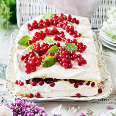 I Want To Eat, Piece Of Cakes, Cakes And More, Yummy Cakes, Food Inspiration, Baking Recipes, Sweet Tooth, Berries, Cheesecake