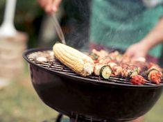 Grillgallret bli rent på ett kick – helt utan stålborste Halloumi, Kicks, Vegetables, Food, Ideas, Crickets, Veggies, Essen, Vegetable Recipes