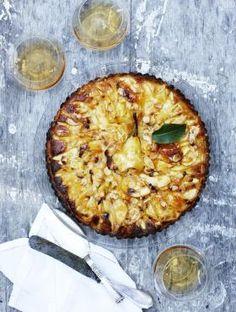 Lækker tærteopskrift med pære og mandel