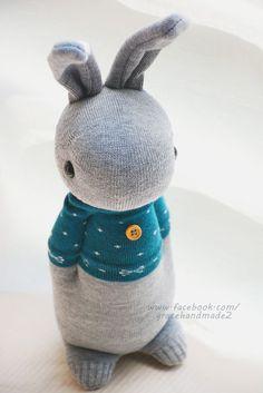 326號藍綠T多米灰兔 (1)