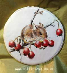 Cookie Harvest Mouse - by Callicious Cakes @ CakesDecor.com - cake decorating website