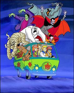 Scooby Doo, Shaggy, Fred, Velma and Daphne, and the Mystery Machine of course ! Cartoon Shows, Cartoon Art, Cartoon Characters, Cartoon Monsters, Scooby Doo Halloween, Halloween Cards, Scooby Doo Tv Show, Happy Halloween, Halloween Images