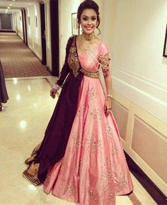 Dresses - Complete Wedding Album Of Famous Bollywood Actress Hrishita Bhatt And Anand Tiwari Indian Designer Outfits, Designer Gowns, Indian Outfits, Punjabi Suits Designer Boutique, Boutique Suits, Indian Wedding Gowns, Indian Gowns Dresses, Red Lehenga, Lehenga Choli